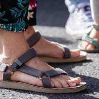 Image of best recovery sandals for plantar fasciitis